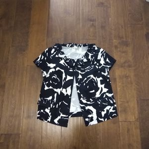 J.Crew size 4 short sleeve blouse black white
